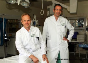 Haben für die Zertifizierung gearbeitet: Chefarzt Dr. Ulf Peter Schmidt und Oberarzt Dr. Tilmann Schweizer.