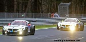 Hier im Training hinter dem Schwester-Auto mit der Nummer 19 der spätere Sieger.